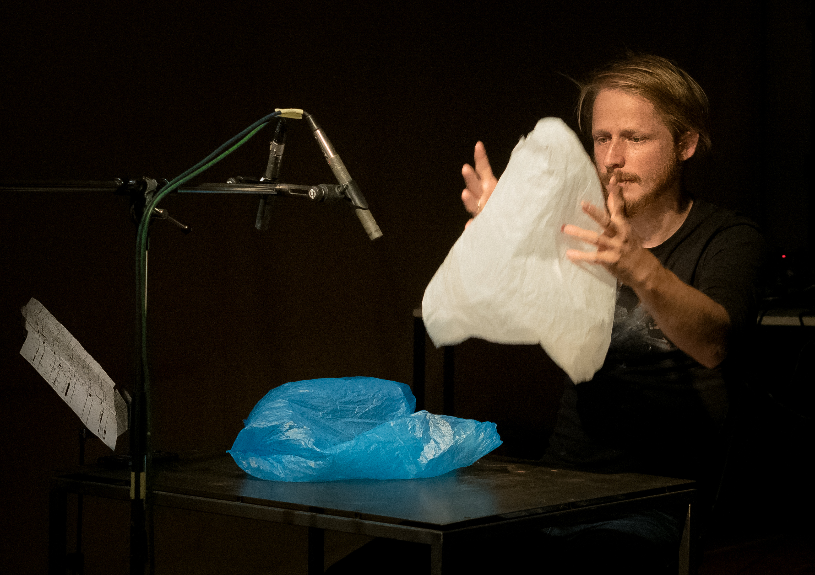 Igor Gross performing 'Plastic Bag Music' 27.9.2018 @ echoraum / Wien [première]